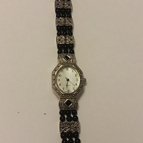 Avon Accessories - Avon watch